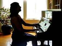 Body over Mind in Adult Piano Lessons
