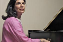 Nancy_Williams_piano