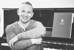 Michael_Brazile_piano